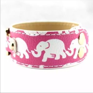 Jewelry - Pink White Elephant Snap Band Bracelet.